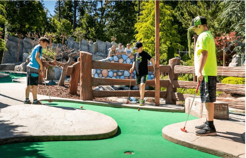 Công viên chủ đề sân golf mini