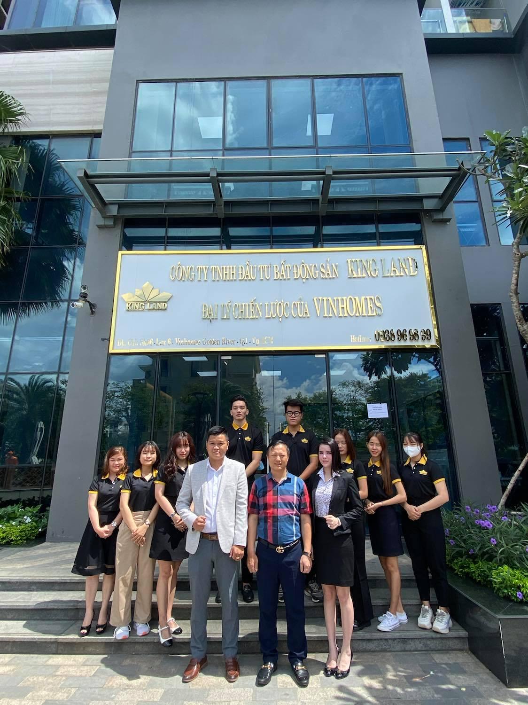 Đội ngũ lãnh đạo cùng CBNV Đại lý King Land
