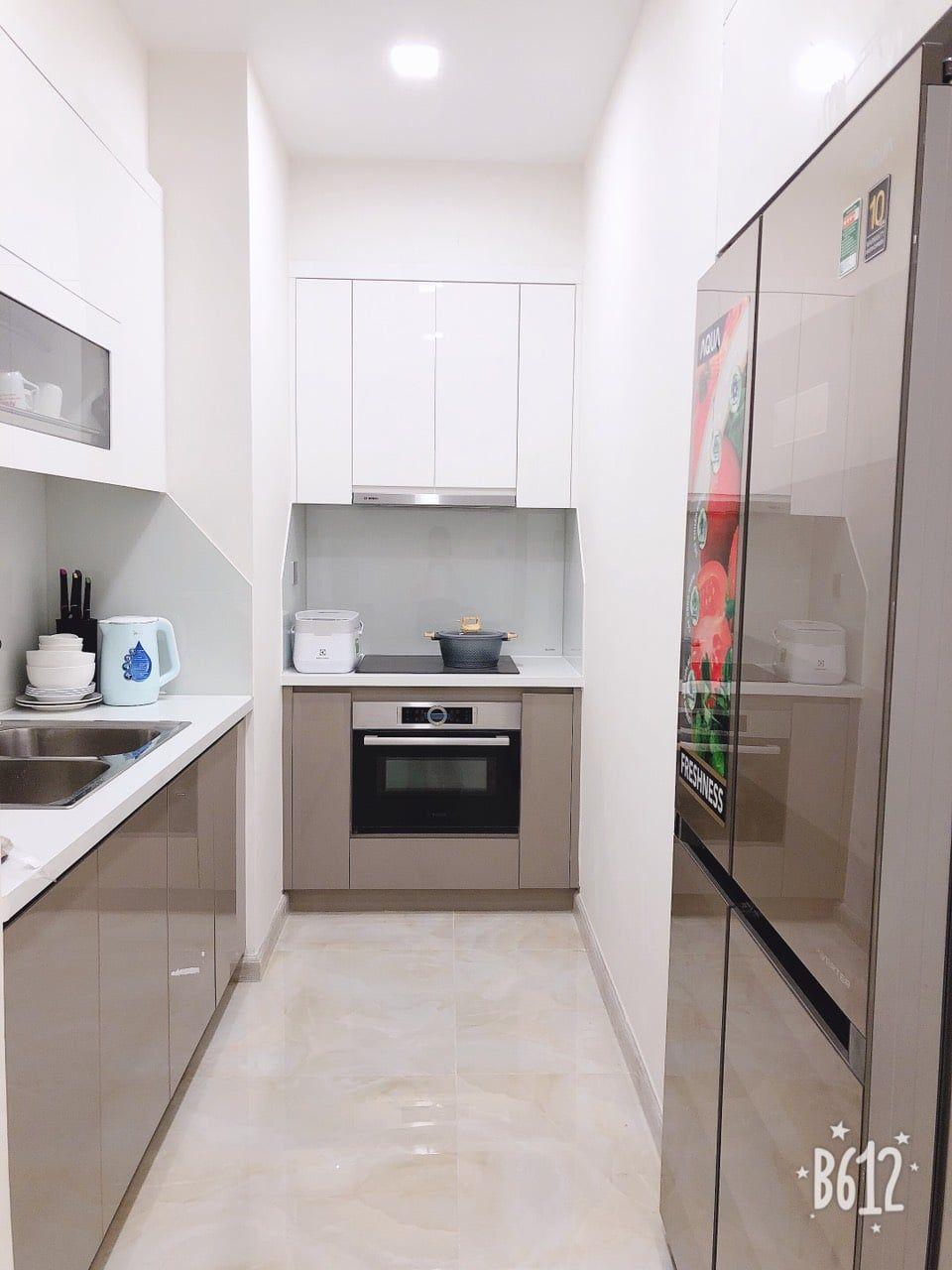 Khu vực bếp với các trang thiết bị hiện đại