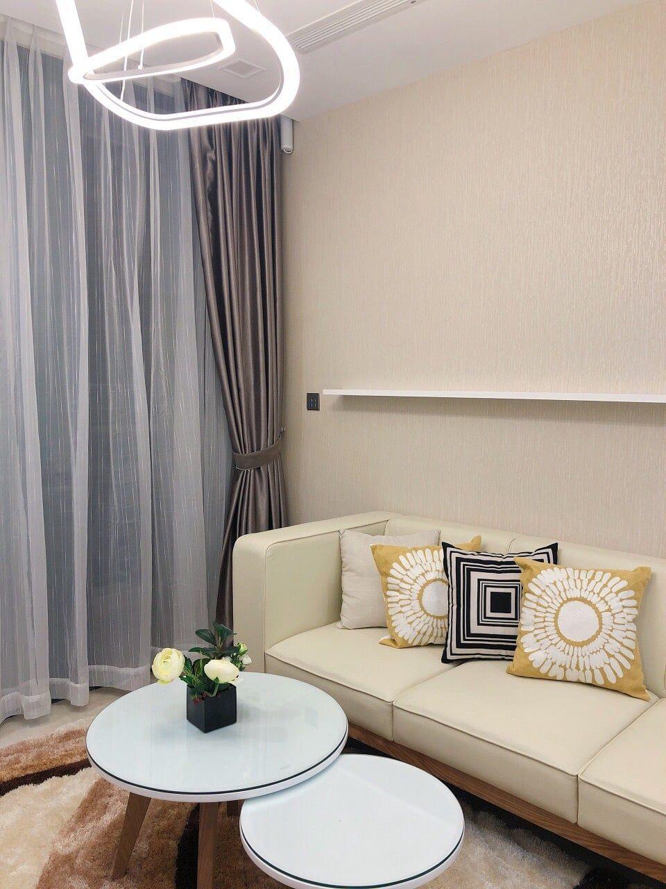 Nội thất hiện đại phòng khách căn hộ 1PN Vinhomes Golden River