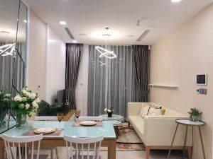 Phòng khách hiện đại căn hộ 1PN Vinhomes Golden River